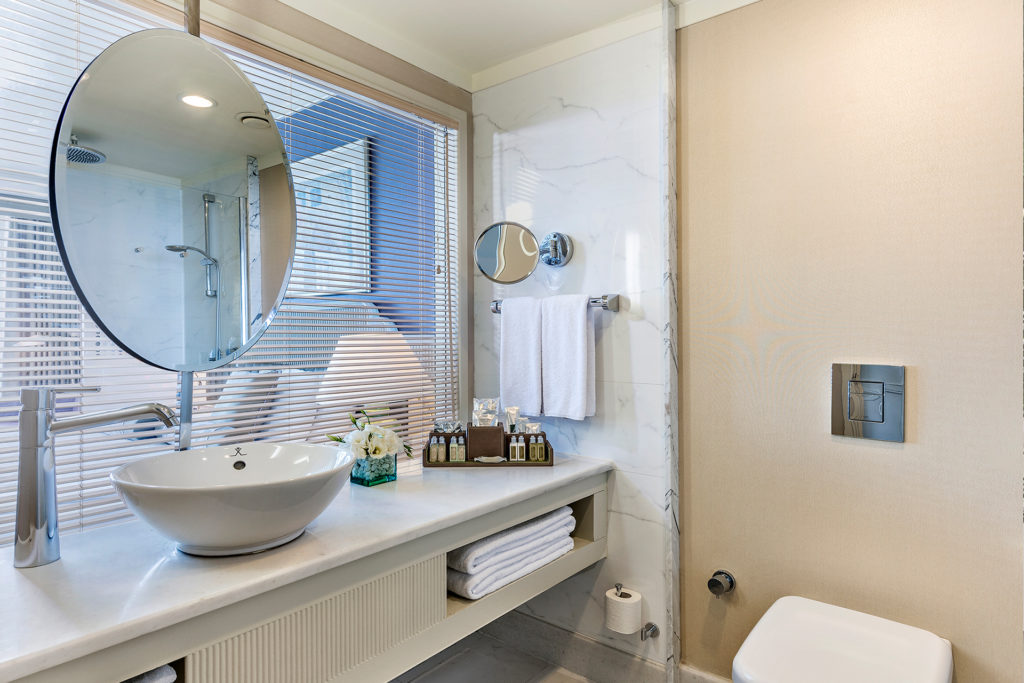 Medworld Room Bathroom